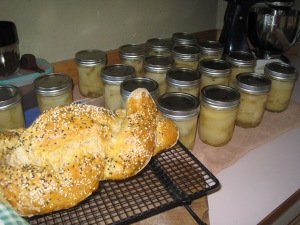 Canned pears (Chris bought them, we do not grow enough pears to can yet) and Challah bread. Getting ready for winter and Sabbath.